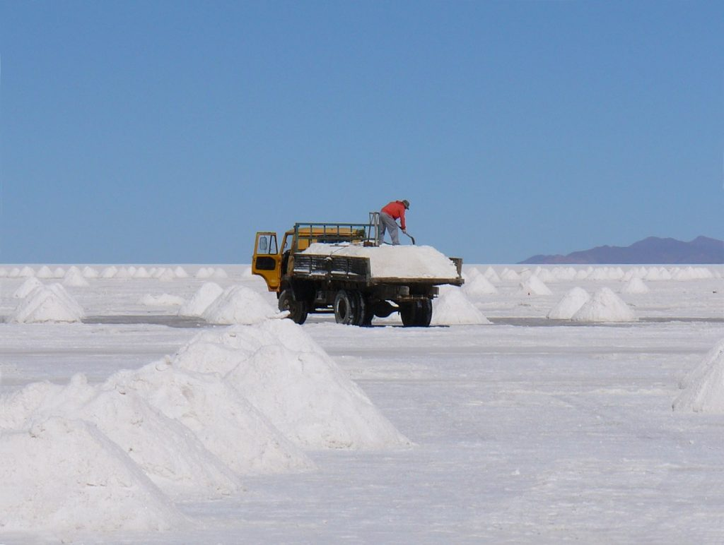 Argentina tiene grandes yacimientos de litio.