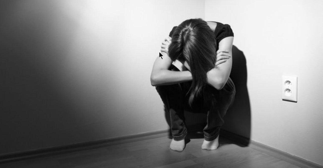 La franja etaria que más la sufre es la de entre 18 y 26 años.