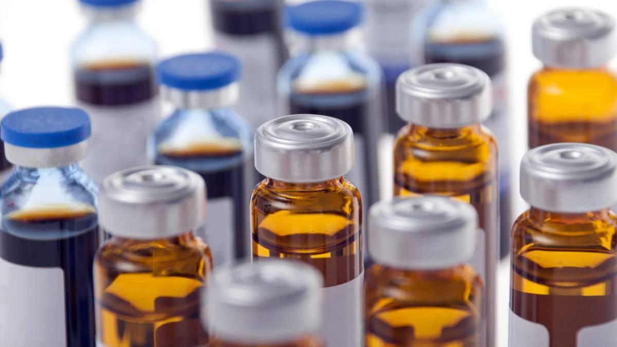 El enorme riesgo a la salud de tomar un tóxico de limpieza como si fuera un medicamento.