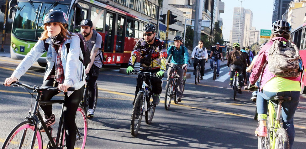 Las ciclovías para bicicletas hace que las ciudades sean más sostenibles.